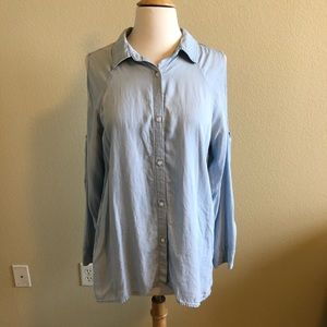 "RAILS ""Lana"" Chambray Cold Shoulder Button Down"